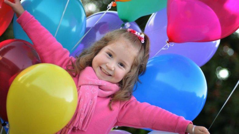 Odpowiednio zorganizowana zabawa sylwestrowa dla dzieci może być niezapomnianym przeżyciem  (fot.sxc.hu)