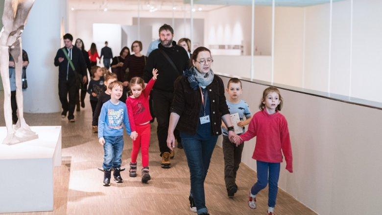 Zajęcia w Muzeum Śląskim pozwolą dzieciom poprzez zabawę odkryć sztukę (fot. mat. organizatora)