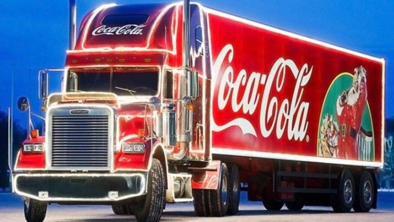 Charakterystyczna, świąteczna ciężarówka Coca-Coli przyjedzie na Śląsk (fot. mat. prasowe)