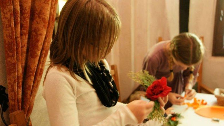 W Warowni Pszczyńskich Rycerzy 1 listopada przygotowane zostaną warsztaty plastyczne (fot. mat. organizatora)