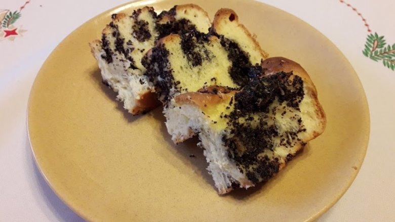 Domowa drożdżówka to świetny pomysł na deser (fot. mat. Cynamonu)