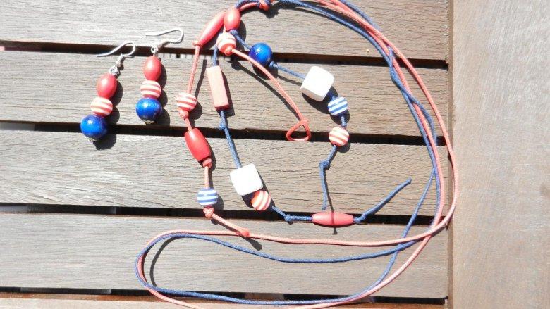 Naszyjnik i kolczyki wykonane przez Beatę Wyszkowską, właścicielkę firmy Koralium (fot. alex)