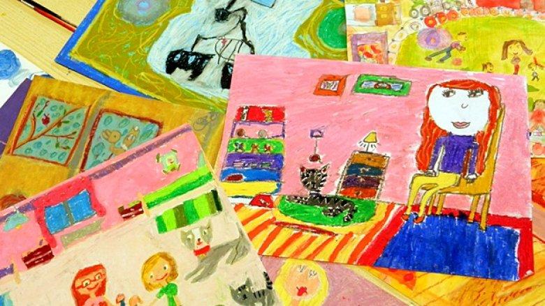 """Prace wykonane przez dzieci z kółka plastycznego """"Akwarelka"""" (fot. archiwum redakcji SD)"""