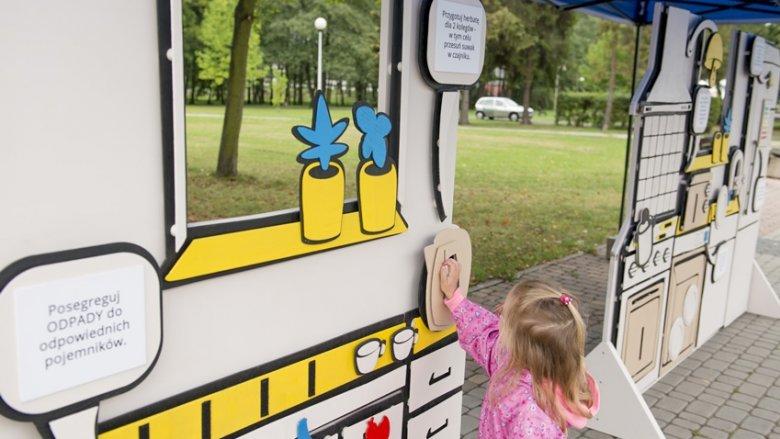 Na placu pod Żyrafą stanie też interaktywna istalacja, dzięki której dzieci dowiedzą się, jak niska emisja wpływa na zdrowie, a wytwarzane odpady - na przyrodę (fot. mat. organizatora)