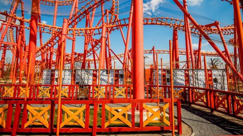 Jeszcze teraz parki rozrywki świecą pustkami, ale już niebawem będą tętnić życiem (fot. mat. Energylandii)