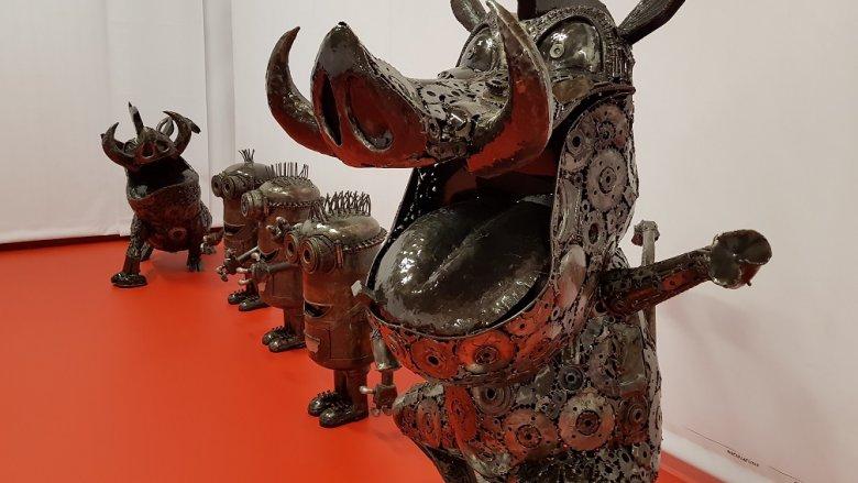 Okazuje się, że ze starych, samochodowych części, mogą powstać prawdziwe dzieła sztuki (fot. mat. organizatora)
