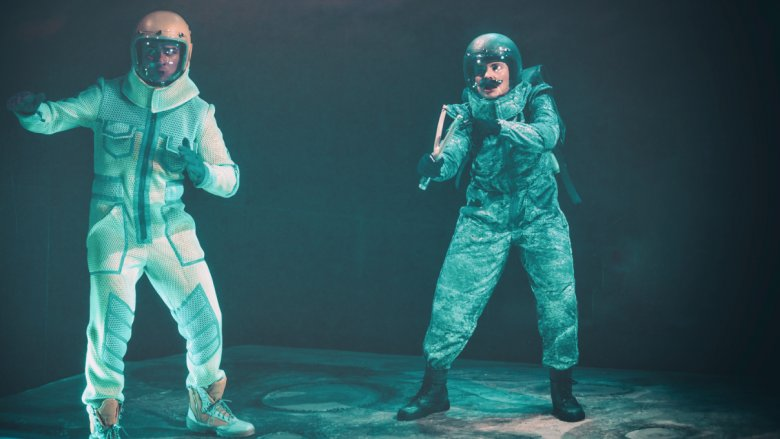 """Spektakl pt. """"Niezwykły lot pilota Pirxa"""" można oglądać w Teatrze Miejskim w Gliwicach od 21 do 27 lutego (fot. mat. organizatora)"""