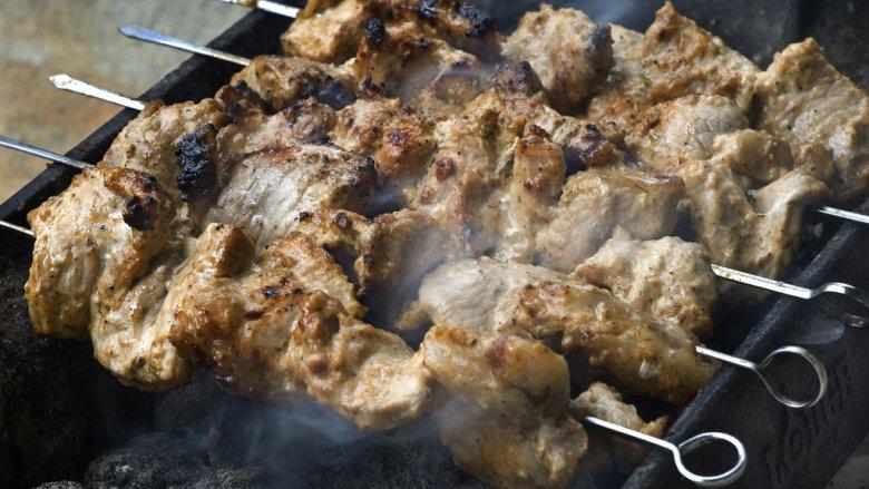 Podczas imprezy w Parku Środula odbędzie się konkurs na najlepszą potrawę z grilla (fot. foter.com)