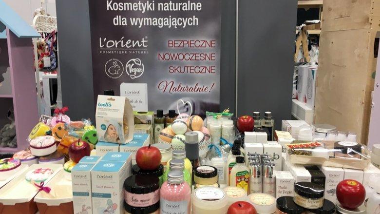Na targach nie zabrakło naturalnych kosmetyków (fot. mat. SilesiaDzieci.pl)