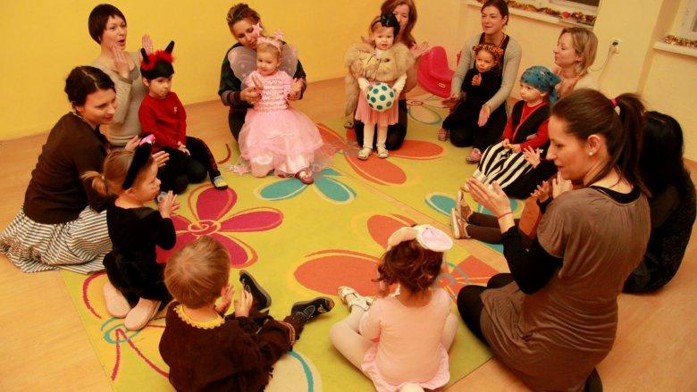 W Mimi Klubie odbywają się zajęcia adaptacyjne dla dwu- i trzylatków, które maja przygotowywać do życia przedszkolnego (fot.Mimi Klub)