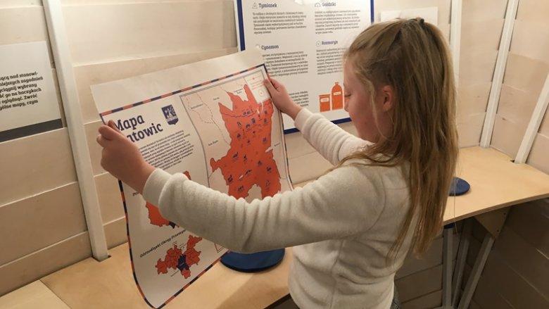 Królestwo Bajdocji to również mapy - Pan Kleks pokazał, jak je czytać (fot. mat. SilesiaDzieci.pl)