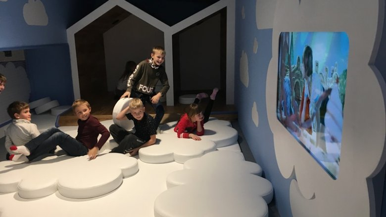 Dzieci w chmurach - dobrze im tam było (fot. mat. SilesiaDzieci.pl)