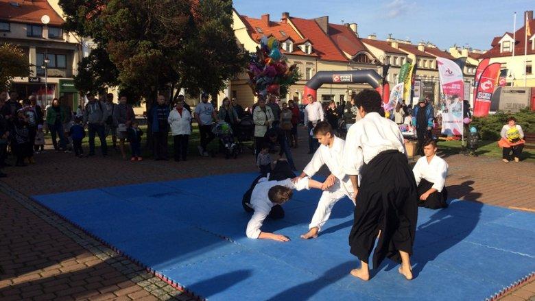 Pokaz aikido w wykonaniu grupy z Centrum Vita-Sport wzbudził wielkie emocje (fot. mat. SilesiaDzieci.pl)