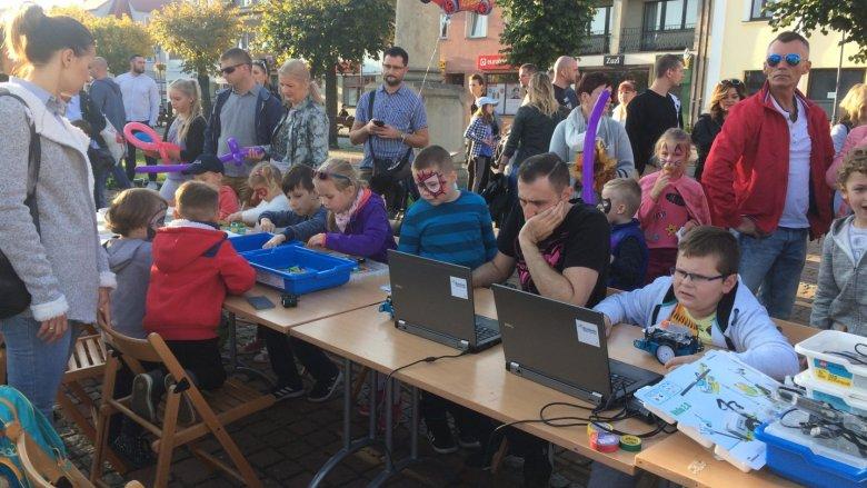 W Żorach dzieci konstruowały i programowały roboty (fot. mat. SilesiaDzieci.pl)