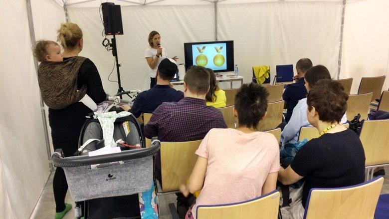 Jak sobie radzić ze złością i czym zastąpić system kar i nagród - to tematy przewodnie prelekcji Wiletty Przenniak-Cołty z LudzkiRodzic.pl (fot. SilesiaDzieci.pl)