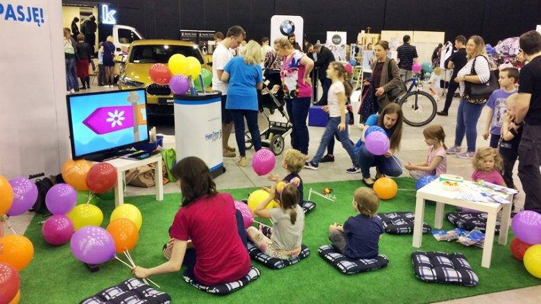 Partnerem wydarzenia było Centrum Helen Doron, które zorganizowało warsztaty dla dzieci po angielsku (fot. SilesiaDzieci.pl)