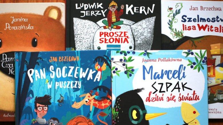 """Mamy dla Was książki z """"Serii z Niezapominajką"""" (fot. Ewelina Zielińska)"""
