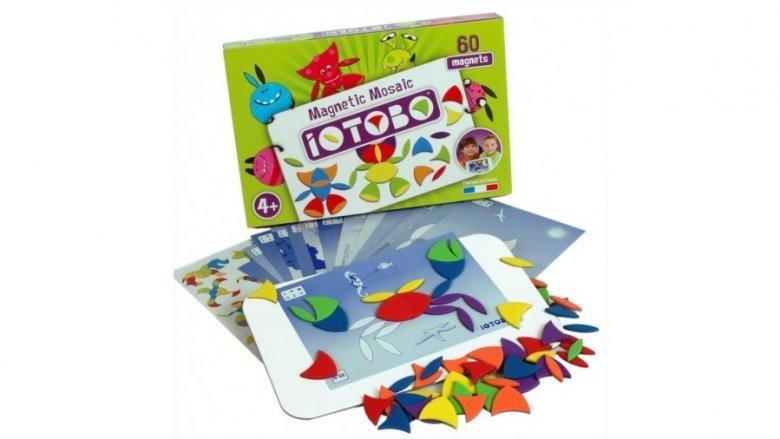Układanka magnetyczna francuskiej marki IOTOBO przeznaczona jest dla dzieci od 4. roku życia (fot. mat. sklep.PlacFrancuski.pl)
