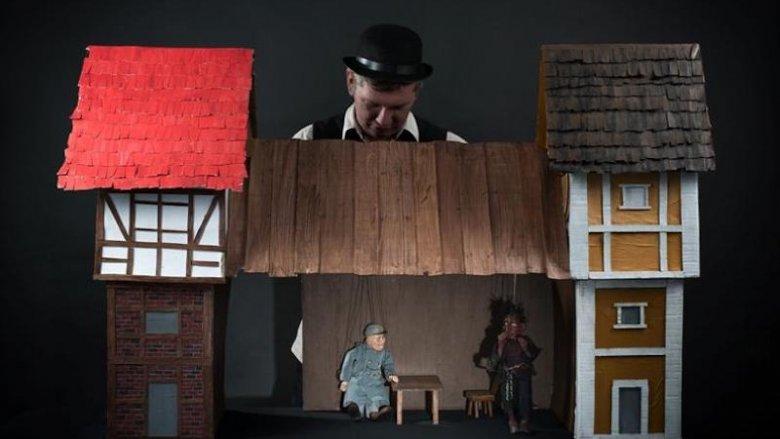 """""""Jak wojak Józef diabła przechytrzył"""" to spektakl lalkowy dla dzieci od lat 4 (fot. z arch. Marka Żyły)"""