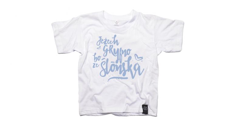 """Jedną z nagród jest koszulka z hasłem """"Jeżech gryfno, bo ze Ślonska"""" rozm. 7-8 lat (fot. Qdizajn)"""