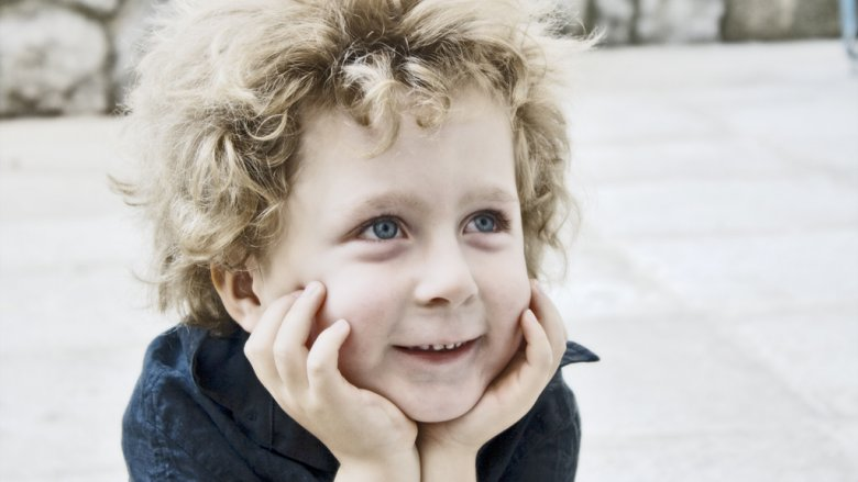 Ważne, aby odróżnić, kiedy dziecko kłamie, a kiedy fantazjuje (fot. sxc.hu)