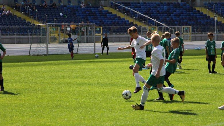 Aktywne zajęcia na obiktach treningowych Stadionu Śląskiego w Chorzowie potrwają do 31 lipca (fot. mat. organizatora)