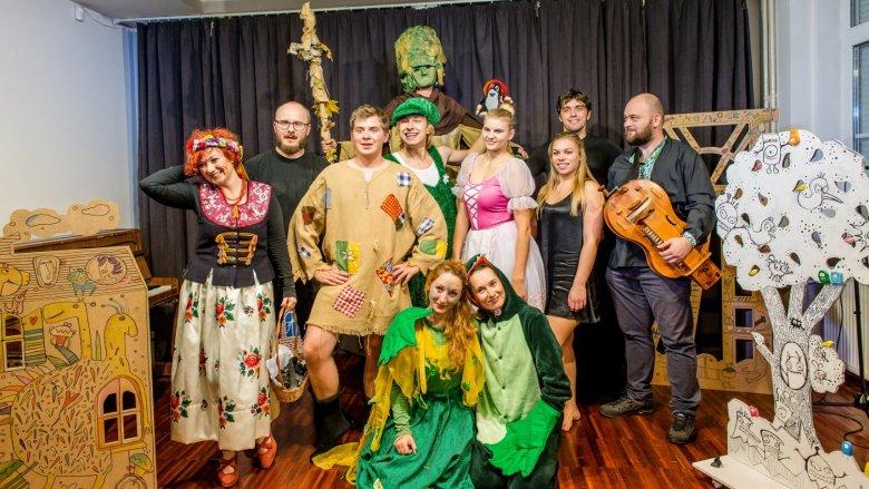 Na Poranku w Domu Tradycji obejrzycie spektakl Lufcika na korbkę (fot. mat. Lufcik na korbkę)