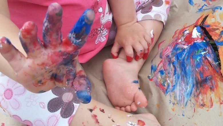 """Na zajęcia pt. """"Malujemy paluszkami"""" zaprasza Pracownia Twórczego Rozwoju Maminka (fot. mat. organizatora)"""