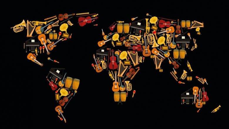W muzyczną podróż dookoła świata zabierze dzieci Piotr Steczek (fot. mat. organizatora)
