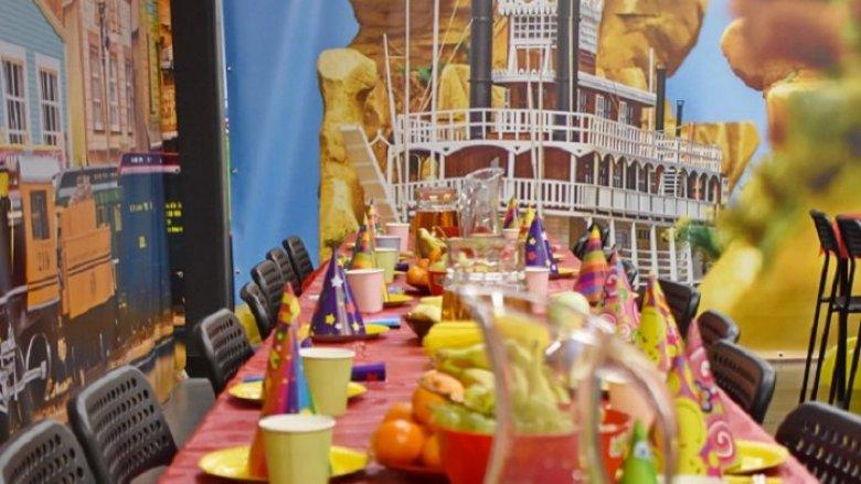 Nie zabraknie urodzinowego przyjęcia (fot. mat. organizatora)