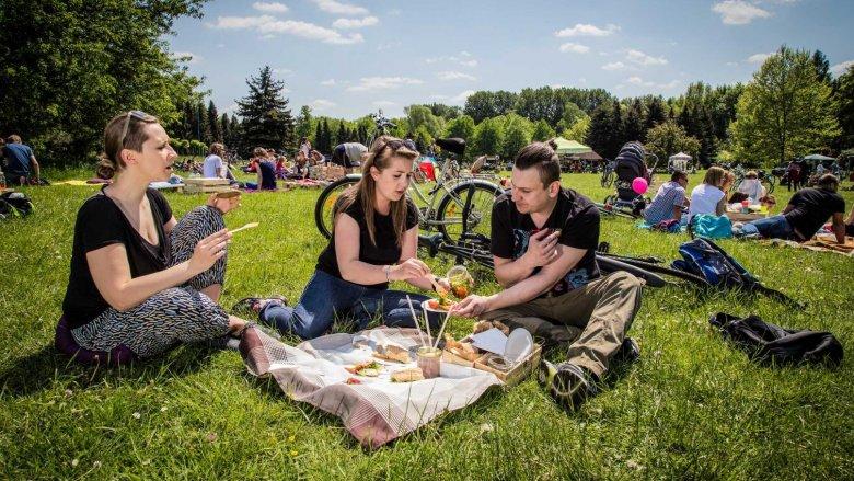 """Warsztaty """"Kuchenne zero waste..."""" odbędą się w ramach """"Śniadania na trawie"""" 8 i 15 czerwca (fot. mat. organizatora)"""