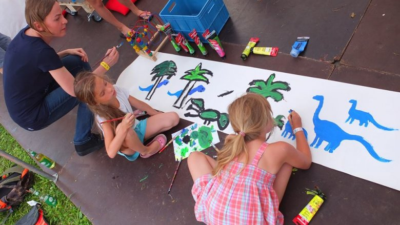 Off Festival to świetnie zorganizowana impreza również dla rodziców z dziećmi (fot. zgn)