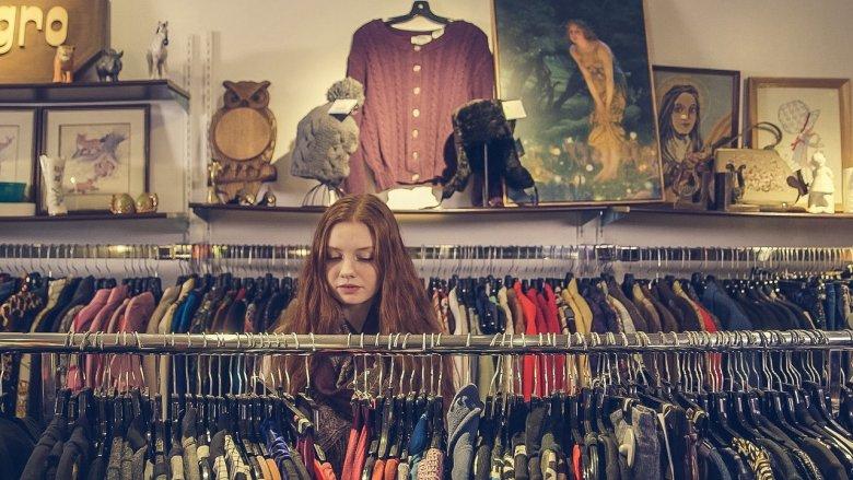 Choć w Polsce jeszcze niezbyt znana, idea charity shopów jest dość popularna poza granicami naszego kraju (fot. pixabay)