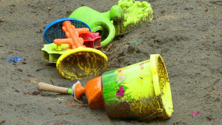 Ośmioro dzieci zostało poszkodowanych na placu zabaw w Jastrzębiu Zdroju (fot. pixabay)