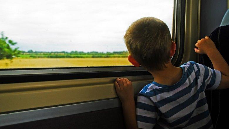 Tańsze lub darmowe bilety do muzeów, dzięki akcji Kolei Śląskich, to okazja, by pokazać dziecku ciekawe wystawy (fot. pixabay)