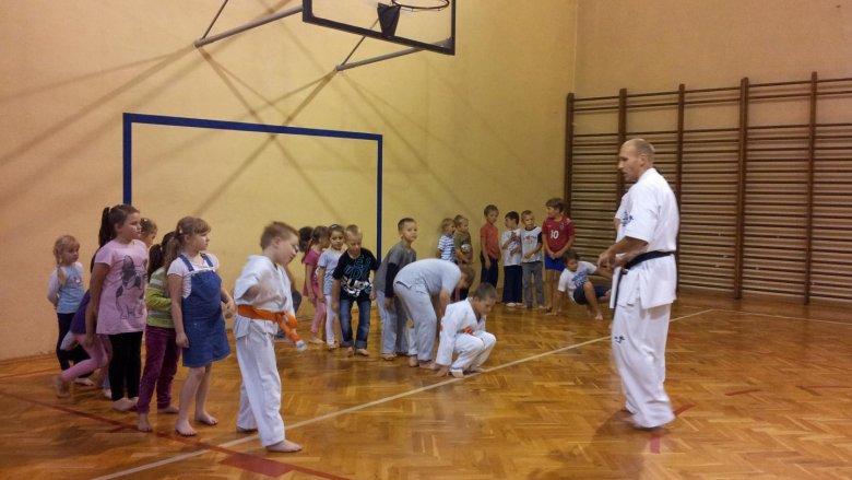 """Na zajęcia karate do Centrum """"Ale Czad"""" uczęszczają nawet 3-letnie maluchy (fot. materiały Centrum """"Ale Czad"""")"""