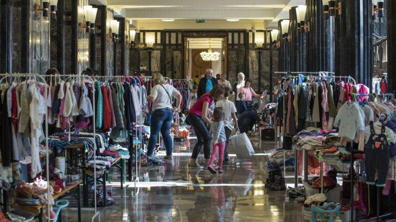 Szafing dziecięcy to świetna okazja do zakupu jesienych ubranek dla dzieci (fot. Marek Wesołowski)