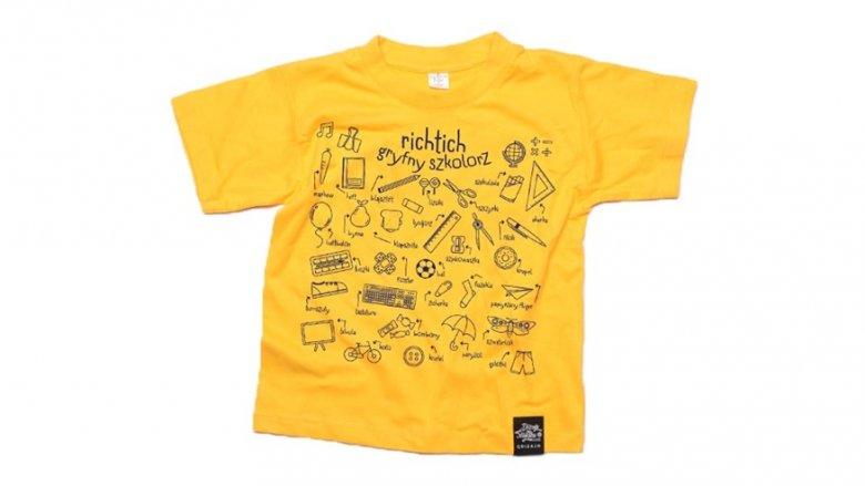 """Ostatnią nagrodą jest koszulka z hasłem """"Gryfny szkolorz"""" rozm. 7-8 i 9-11 lat (fot. Qdizajn)"""