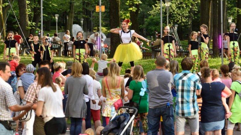 Ciocia Tunia zaprasza na muzyczne show (fot. bck.bielsko.pl)