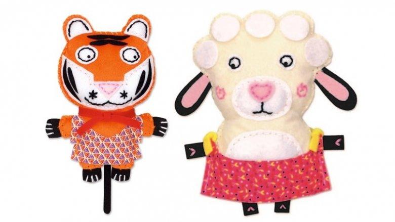 Cała rodzina maskotek Little Couz'in dostępna jest na stronie sklep.placfrancuski.pl (fot. mat. sklepu)