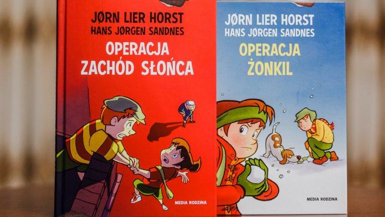 """""""Operacja zachód słońca"""" i """"Operacja żonkil"""" to tytuły z serii o Biurze Detektywistycznym nr 2 (fot. Ewelina Zielińska)"""