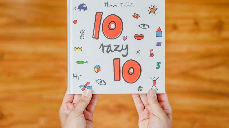 """""""10 razy 10"""" to kolejna ciekawa książka autorstwa Herve'a Tulleta (fot. Ewelina Zielińska)"""