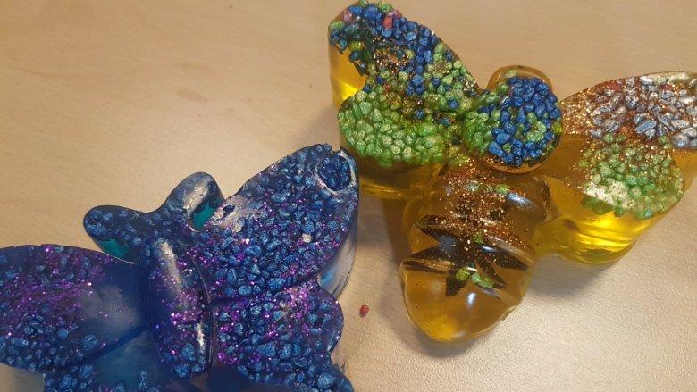 Warsztaty mydełkowe to świetny sposób na ciekawe spędzenie czasu, na rozbudzenie dziecięcej kreatywności (fot. mat. organizatora)