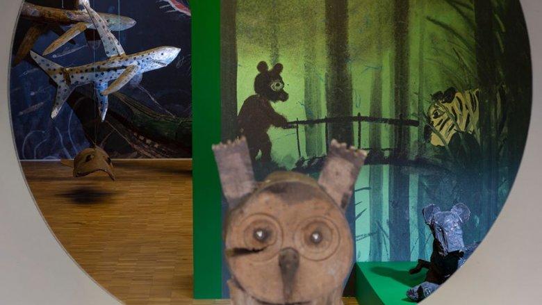 Na wystawie znalazły ich ilustracje oraz rzeźby (fot. mat. Fb Muzeum Miejskie w Tychach)