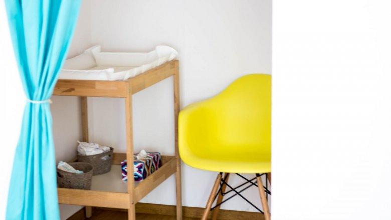 Jest też miejsce, gdzie można swobodnie przewinąć dziecko i je nakarmić (fot. mat. Pli Pla Plo)