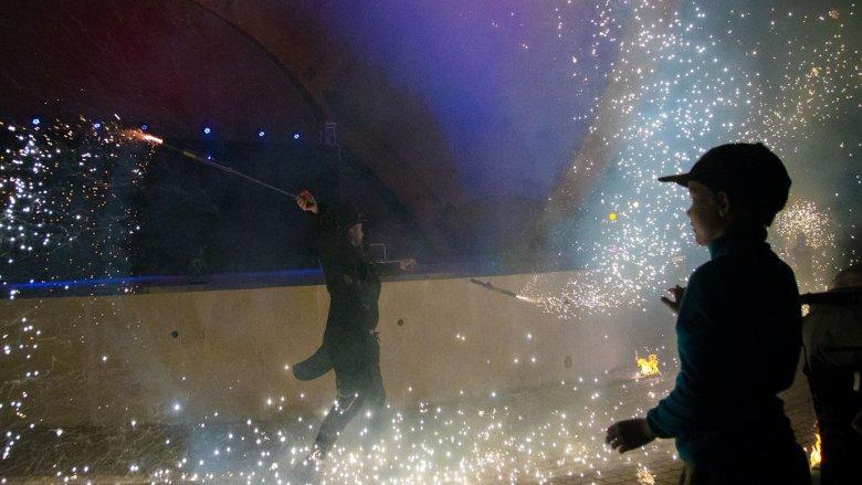 Inwazję zakończą niesamowite pokazy ognia, światła, akrobatyki i pirotechniki (fot. mat. organizatora)