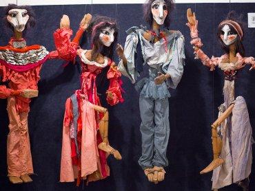 """""""Lalka - forma - figura"""" to wystawa, która zwraca uwagę na bogactwo i różnorodność teatru lalkowego (fot. mat. organizatora)"""