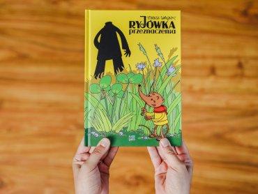 """""""Ryjówka przeznaczenia"""" to kolejny komiks dr Tomasza Samojlika, który jest badaczem Puszczy Białowieskiej (fot. Ewelina Zielińska)"""