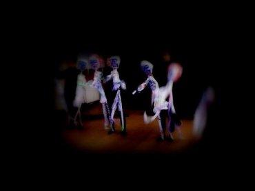 """""""Black&White"""" to spektakl inspirowany twróczością Michaela Jacksona (fot. mat. Teatr Czarnego Tła)"""