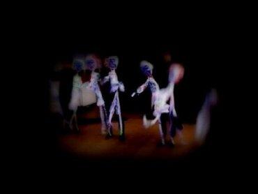 """""""Black&White"""" to spektakl inspirowany twórczością Michaela Jacksona (fot. mat. Teatr Czarnego Tła)"""